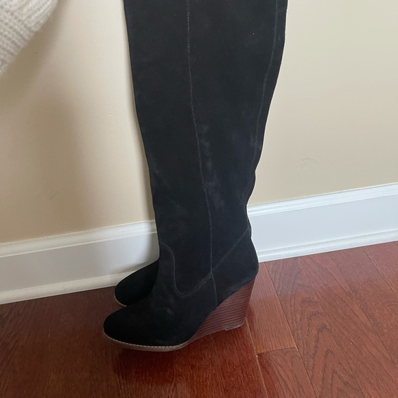 Jessica Simpson suede boots